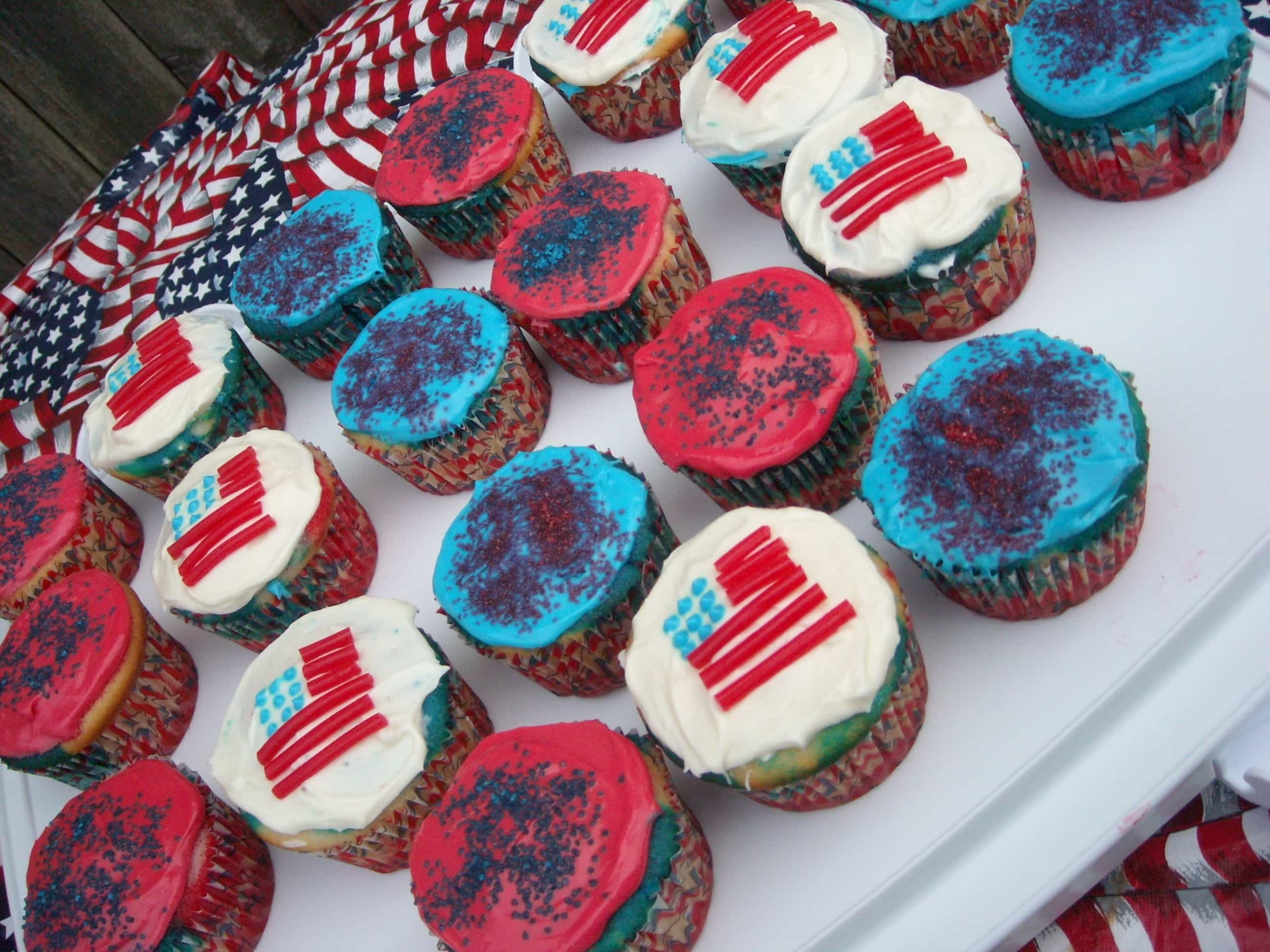 Fourth of July Tie Dye Cupcakes by Nutmeg Nanny