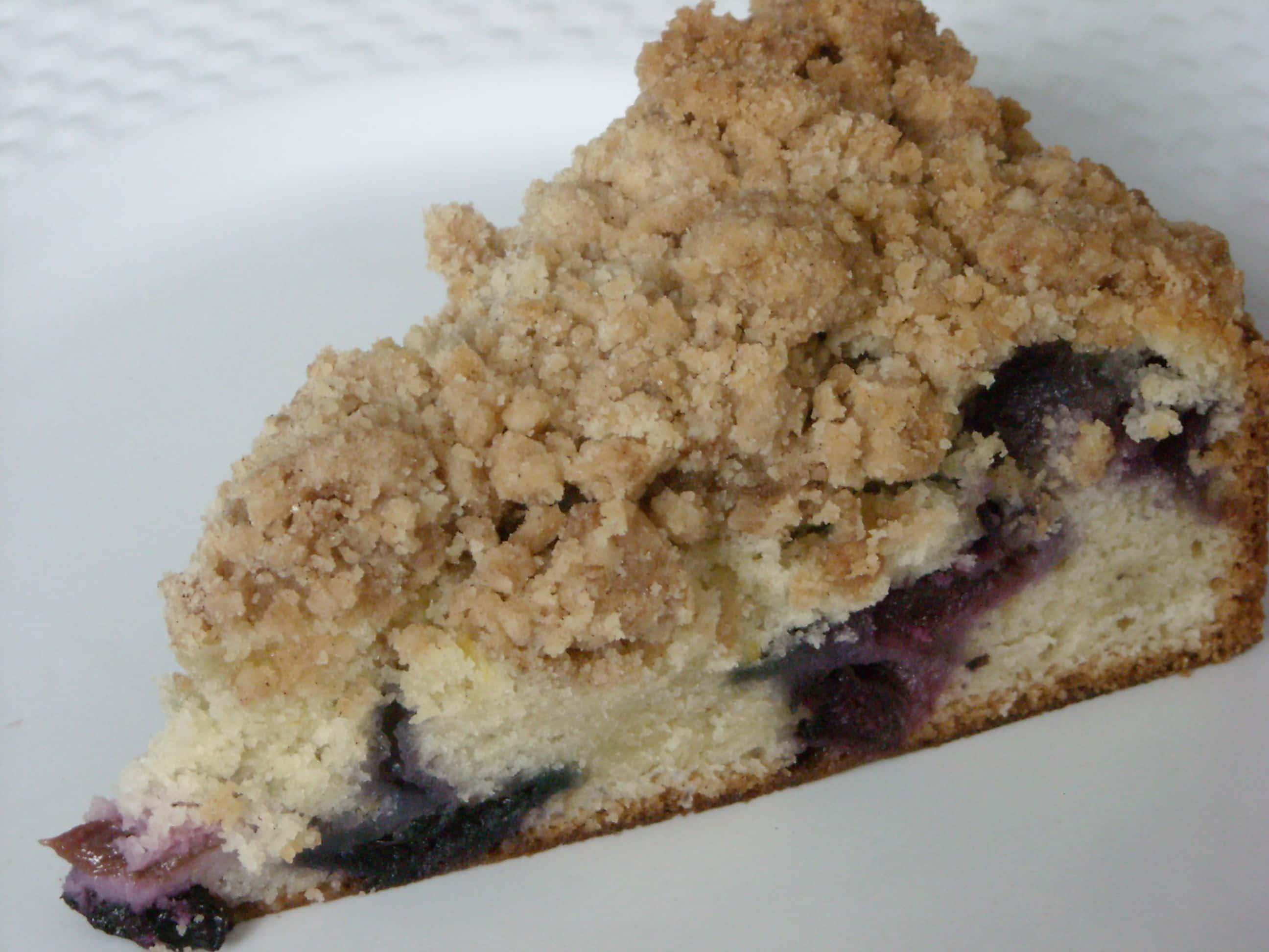 Blueberry Crumb Cake by Nutmeg Nanny