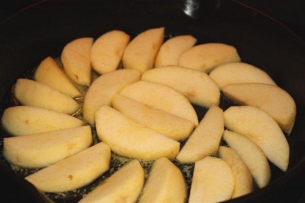 Skillet Cinnamon Apples by Nutmeg Nanny