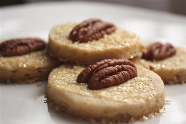 These maple pecan shortbread cookies are perfect for fall. Full of maple flavor and pecans all rolled into a butter shortbread cookie.