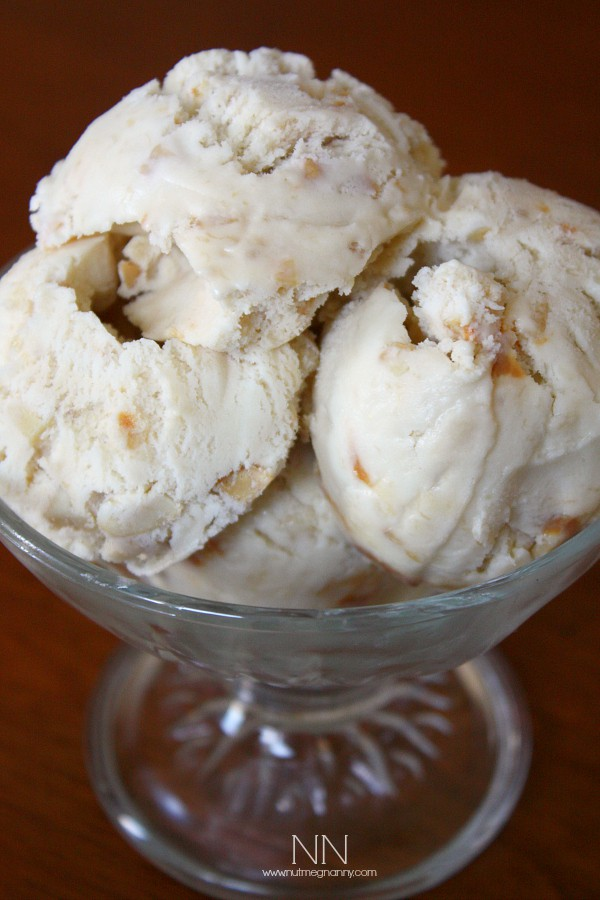 This banana cajeta cashew ice cream is packed full of flavor and perfect for summertime porch eating. Who doesn't love homemade ice cream?