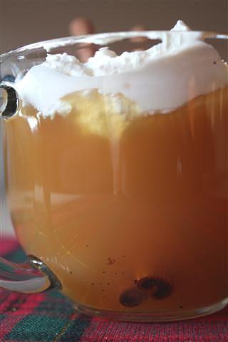 Warm Vanilla Cider - Nutmeg Nanny