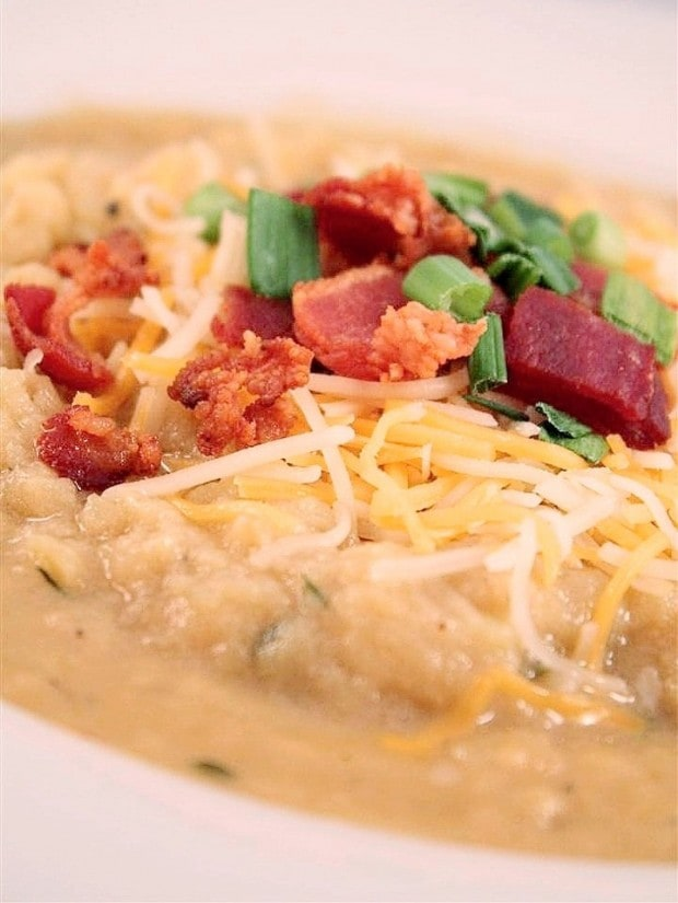 This loaded baked potato soup is packed full of red potatoes, bacon, cheese and green onions. You'll love all the flavor packed into this soup and it's ready in just 1 hour! Hello, delicious!