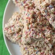 Cake Batter Rice Krispie Treats by Nutmeg Nanny