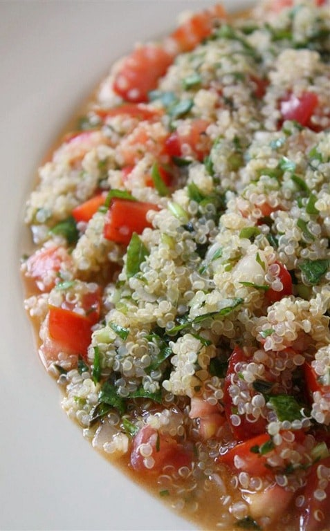 This quick and easy quinoa tabouli is the perfect way to use up your summer tomatoes, bell pepper and mint. Super fresh and crazy delicious!