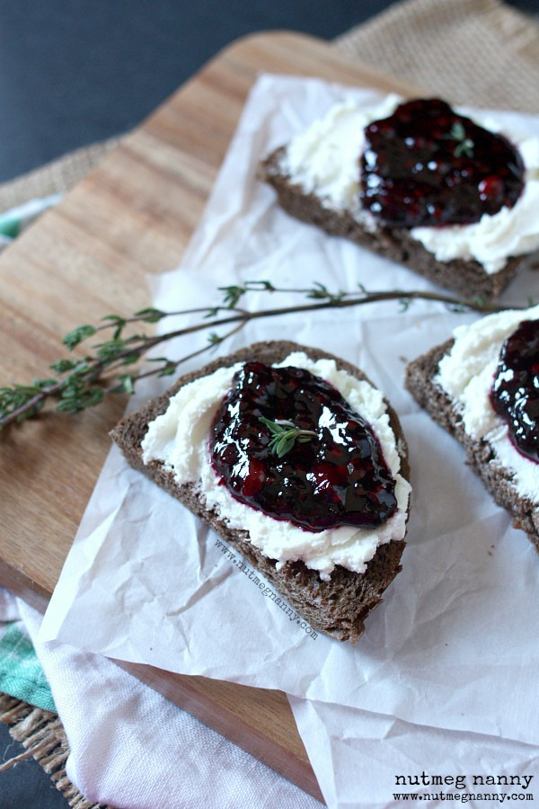 Goat Cheese and Blackberry Thyme Jam Crostini by Nutmeg Nanny