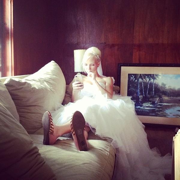 Beautiful Bride on Wedding Day {Nutmeg Nanny}