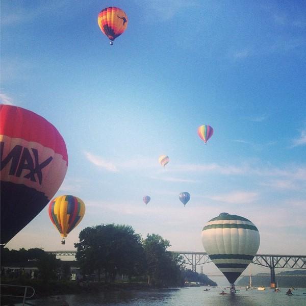 Hot Air Balloons {Nutmeg Nanny}