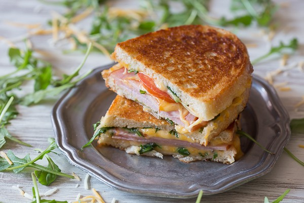 Canadian BLT Grilled Cheese | Nutmeg Nanny