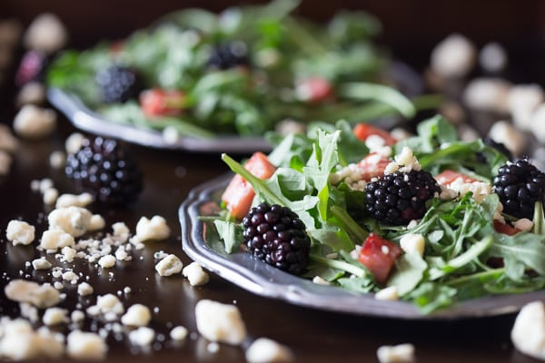 This black and blue salad with crispy ham is the perfect summer salad. A delicious combo of arugula, crispy ham, blackberries and blue cheese. You'll love this fun summer salad!