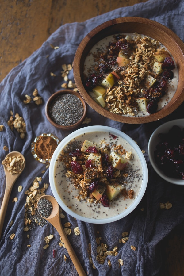 This apple pie smoothie bowl tastes just like apple pie without all the calories found in the traditional dessert. It's topped with fresh cut apples, apple pie spice, granola, chia seeds and dried cranberries. Since it's ready in under 10 minutes it's the perfect way to start your day!