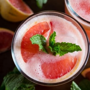 This fresh grapefruit margarita is packed full of grapefruit and lime flavor. Serve it on the rocks or frozen either way is totally delicious!