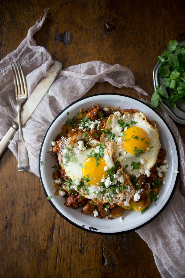 This spiced chorizo and plantain breakfast hash is the most delicious way to start your day. Slight sweet and spicy and ready in just 30 minutes!