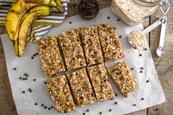 These no-bake peanut butter banana chocolate chip granola bars are the perfect snack or breakfast. Packed full of flavor and prepared in under 20 minutes!