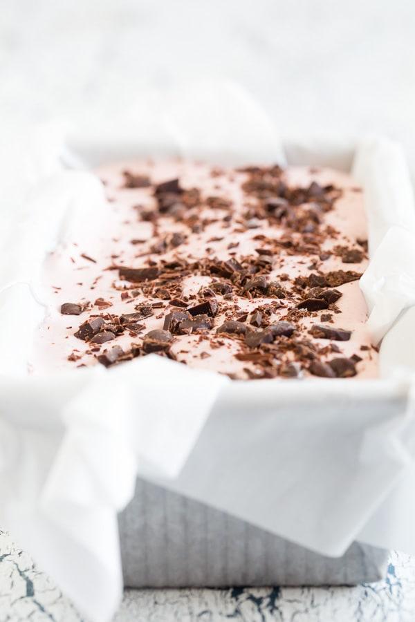 raspberry-dark-chocolate-chip-ice-cream