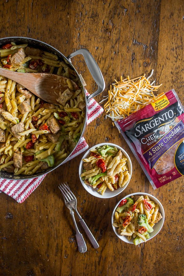 The one pot cheddar cajun pork pasta is packed full of broccoli, slow roasted cherry tomatoes, sharp cheddar cheese and LOTS of cajun spiced pork. You'll love how simple this dish is to make and the cleanup is a breeze since it's all made in the same pot!