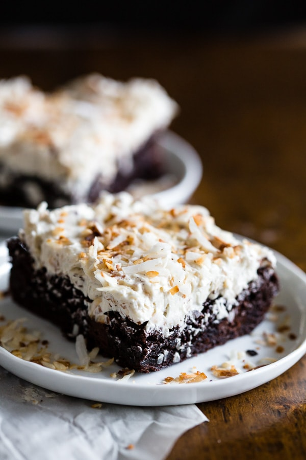 This fluffy toasted coconut vanilla bean frosting is the perfect frosting for brownies, cakes or even cupcakes. It turns out super fluffy and it's packed full of toasted coconut.