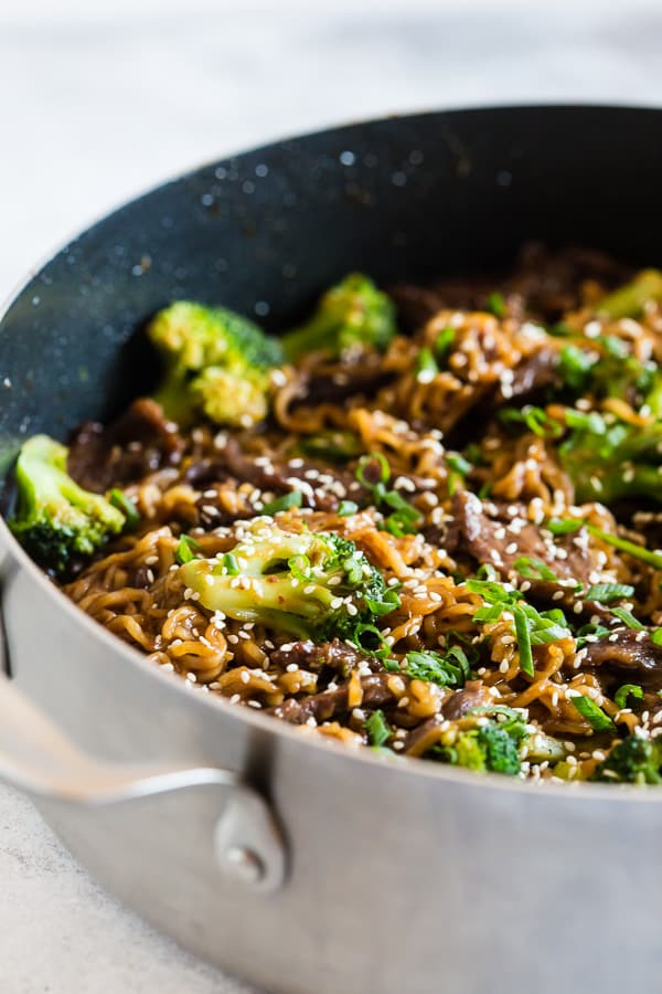 This easy beef and broccoli ramen noodles is a super tasty weeknight rush kind of meal. Rich and flavorful sauce tossed with marinated beef, broccoli and lots of ramen noodles. You'll love this simple and easy dish!