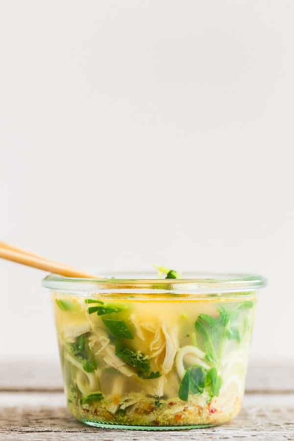 This homemade cup of noodles is packed full of flavor and the perfect on the go lunchtime meal. It's packed full of a homemade chicken soup base, fresh greens, cooked noodles, roasted chicken and fresh herbs. Just add boiling water and you'll have lunch in minutes!