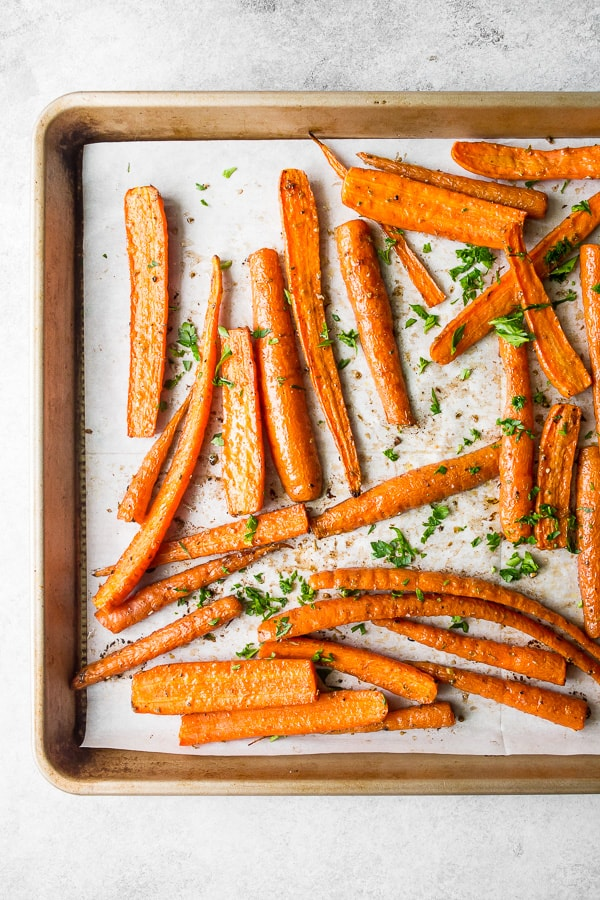 best easy roasted carrots overhead